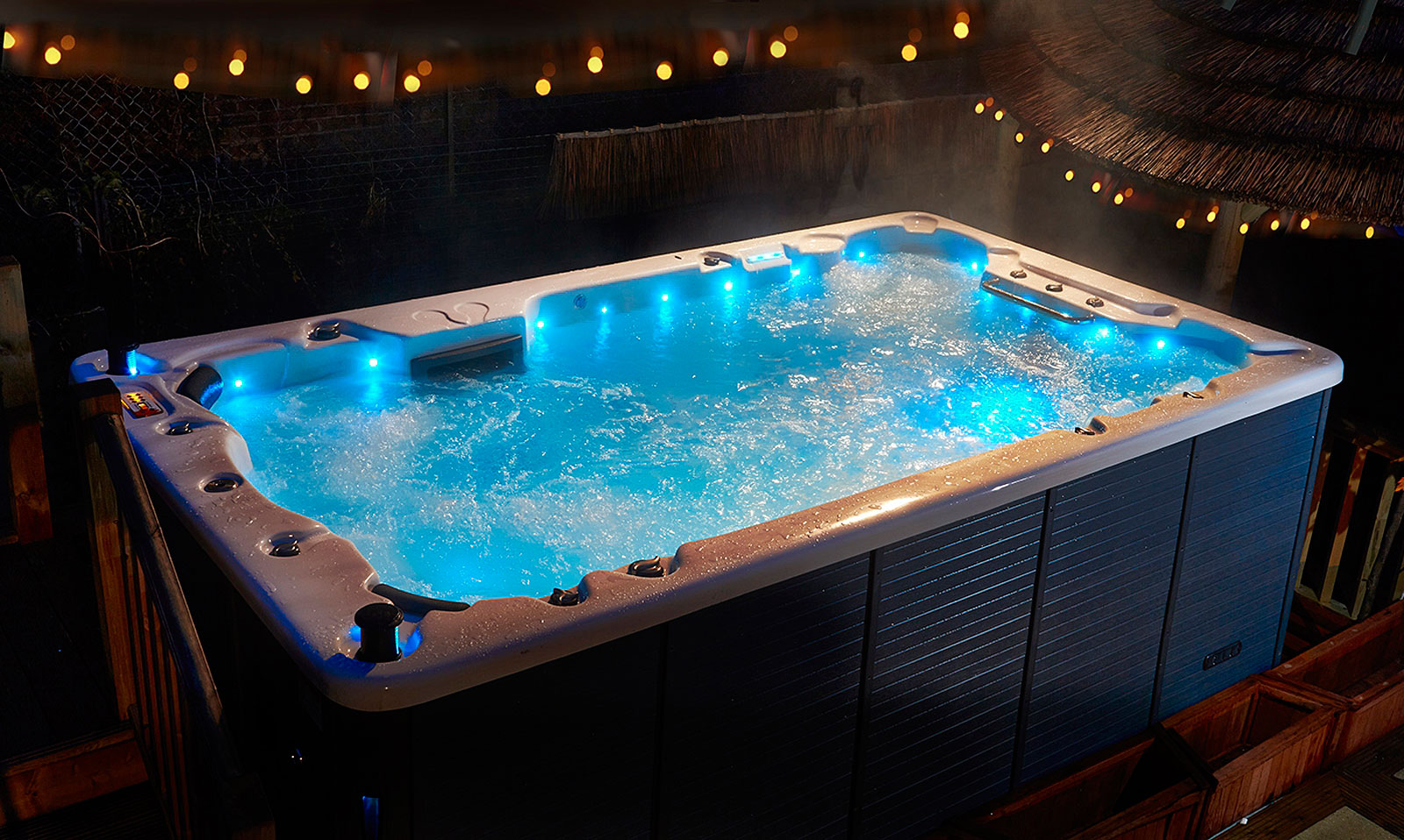 Whirlpool outdoor  Shop - Canadian Whirlpools